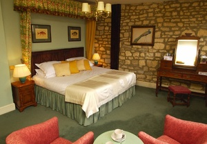 Noel Arms Hotel, Gloucestershire 4
