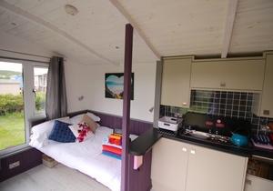 Rhossili Scamper Holidays - Ocean Shepherd Hut, Swansea 2