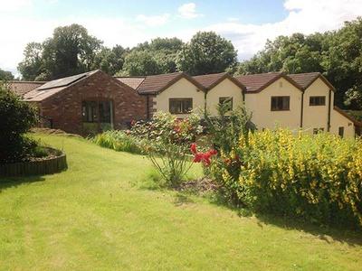 Skei's Place, Derbyshire, Alfreton
