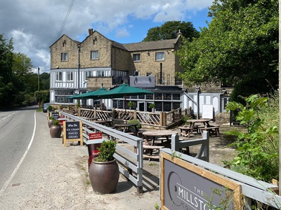 Millstone Country Inn, Derbyshire, Hathersage