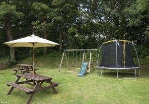Primrose Yurt, Cornwall 6