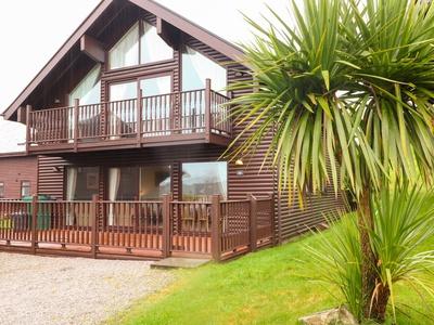 Lodge Sixty Six, Cornwall, St. Columb