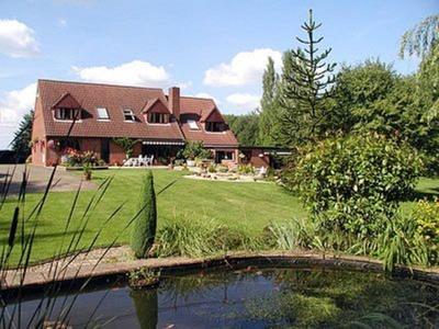 Woodlands, Gloucestershire, Newent