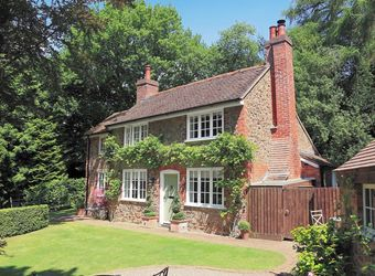 Wisteria Cottage, Worcestershire