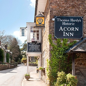 <strong>The Acorn Inn, Dorset:</strong> A traditional British country pub and hotel set in the heart of Evershot that is truly dog-friendly