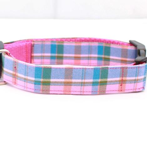 Raspberry Barkberry Plaid Collar