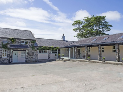 Bryn Eira Stables, Isle of Anglesey, Llanfairpwllgwyngyll