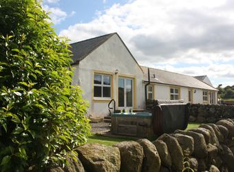 Angus Cottage - Meiklebob Holidays