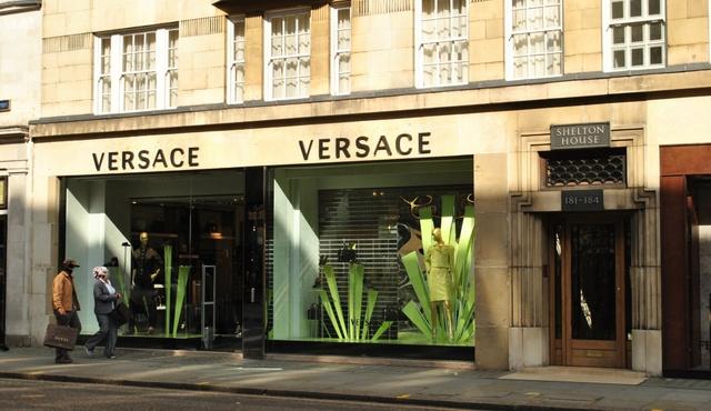 Versace London 3