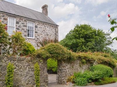 Yoke House, Gwynedd, Pwllheli