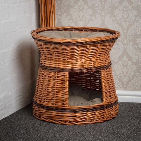 Wicker Two Tier Cat Basket with Cream Cushions 4
