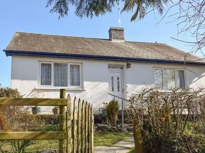 Tynlon Villa, Ceredigion, Swyddffynnon
