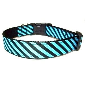 Diagonal Stripe Collar