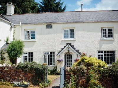 The Farmhouse - Deer's Leap, South Molton