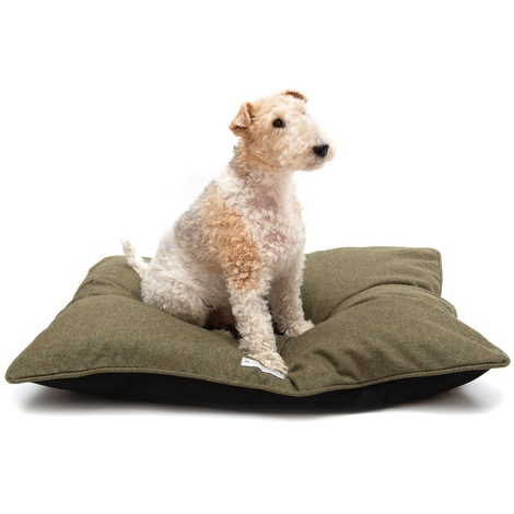 Forest Green Tweed Pillow Bed 5