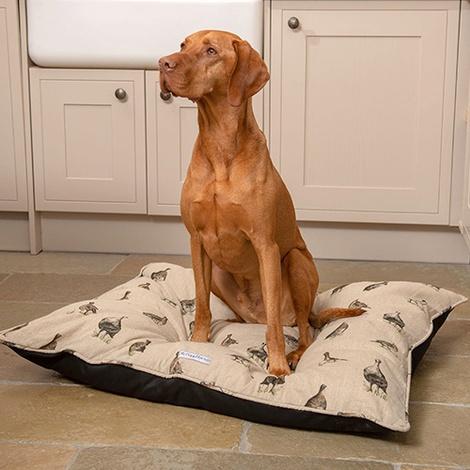 Grouse Linen Pillow bed 4