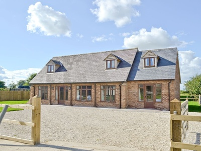 The Granary, Wiltshire, East Tytherton