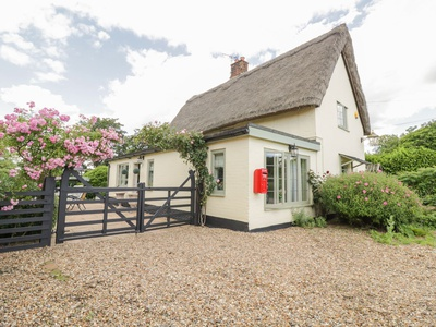 Waveney Cottage, Norfolk, Diss