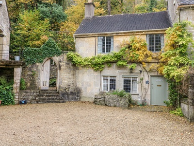 October Cottage, Gloucestershire, Stroud