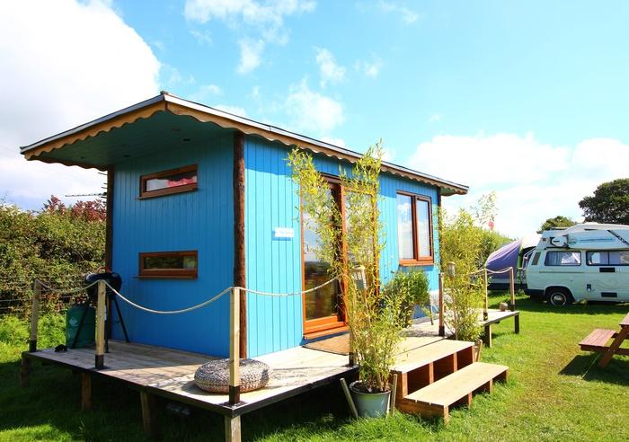 Llangennith Scamper Holidays - Tiki-Lodge, Swansea 1