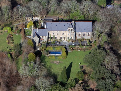 Peregrine Hall, Lostwithiel