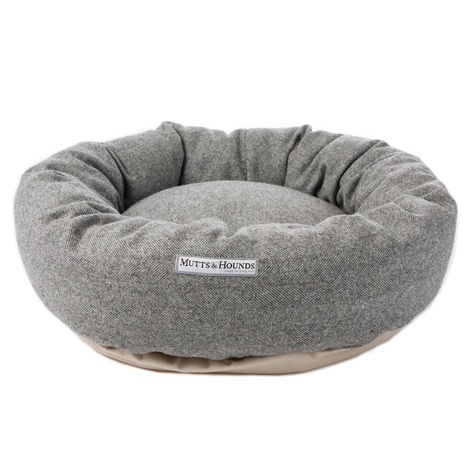 Stoneham Grey Tweed Donut Bed 2