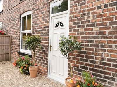 2 Moor Farm Cottages, East Riding of Yorkshire, Hull