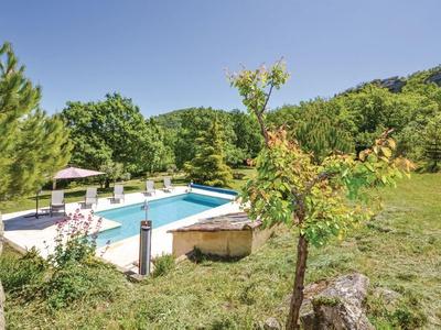 Cherui, Provence, Apt