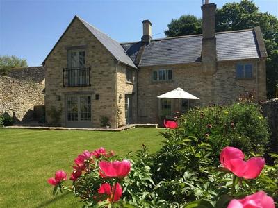 Hillside Cottage, Oxfordshire, Swinbrook