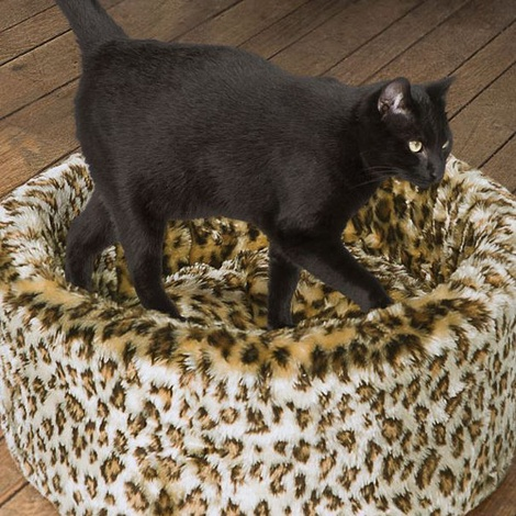 Cat Cosy Leopard Bed 2