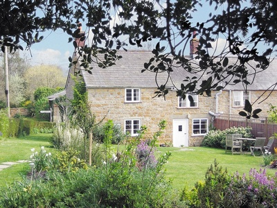 Barters Cottage, Dorset, Chideock