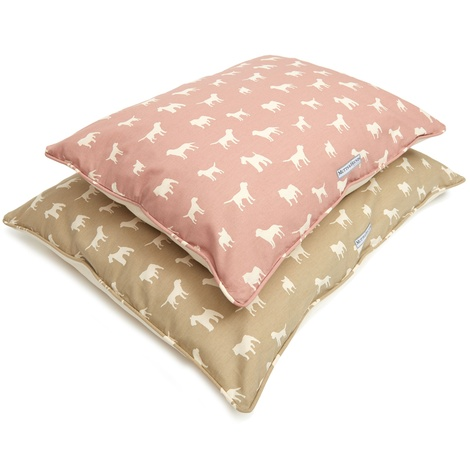 M&H Old Rose Pillow Bed  2