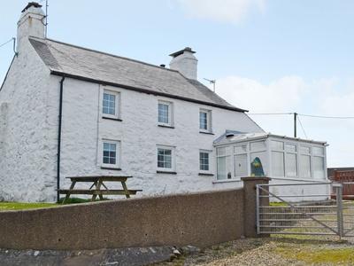 Porth Colmon Farmhouse, Gwynedd, Pittenweem