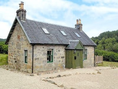 Waterfall Cottage, Highland, Invergarry