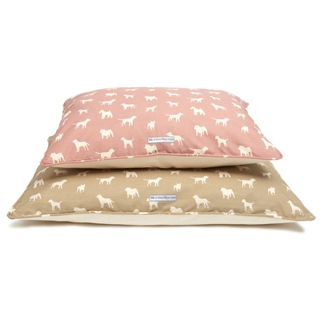 M&H Old Rose Pillow Bed  3