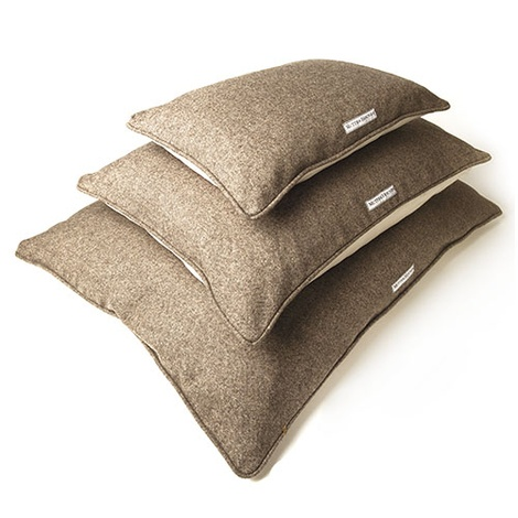 Herringbone Tweed Pillow Dog Bed