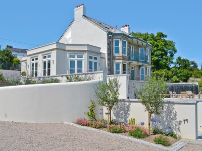 Treburthick House, Cornwall, Porthpean