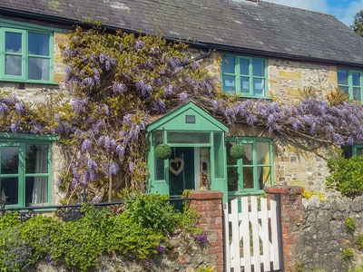 2 Wisteria Cottages, Somerset, Chard