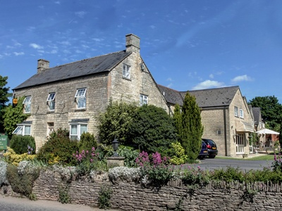 Mayfield House Hotel, Wiltshire, Malmesbury