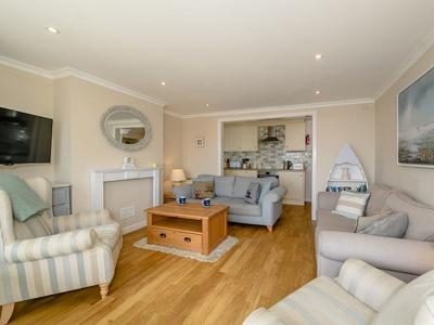 Coast View Apartment, Dorset, Lyme Regis