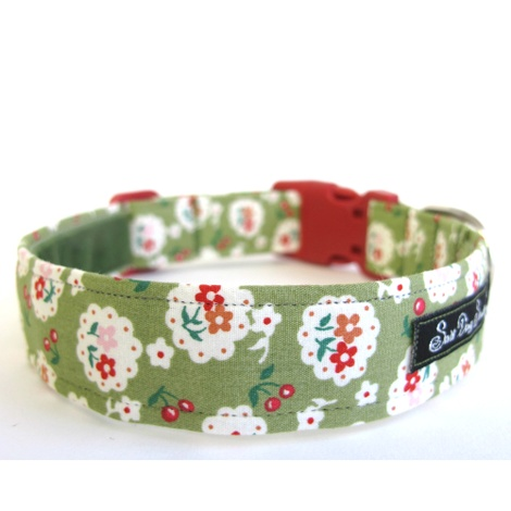 Salt Dog Studio Betsy Green Dog Collar  2