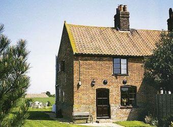 Lanthorn Cottage