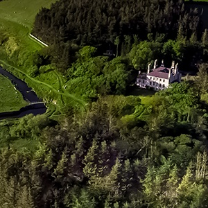 <strong>Forss House Hotel, Scottish Highlands: </strong> With an abundance of fabulous dog walking routes surrounding the hotel, from woodland areas to along the river and coastline, your dog will be truly spoilt for choice!