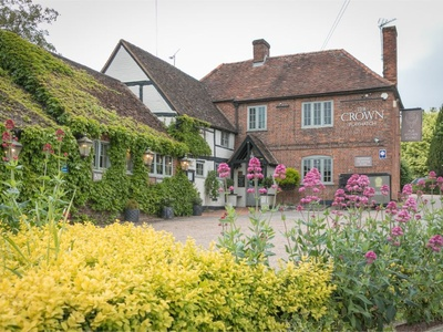 The Crown Playhatch, Berkshire