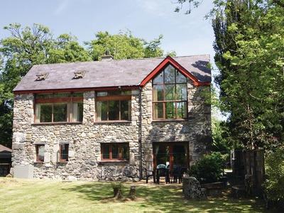 Ty Llyffant, Gwynedd, Llanrug