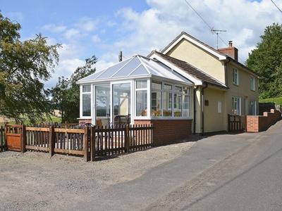 Mavis Cottage, Herefordshire, Kingswood