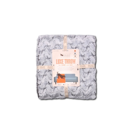 Luxe Dog Throw – Husky Gray 3