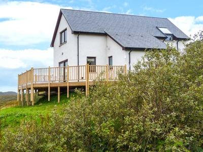 Torr Solais Cottage, Highland, Acharacle