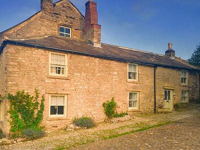 Castle Hill Cottage, North Yorkshire, Leyburn