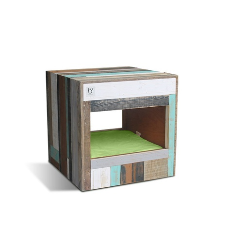 Bloq Eco Pet Bed & Side Table 3